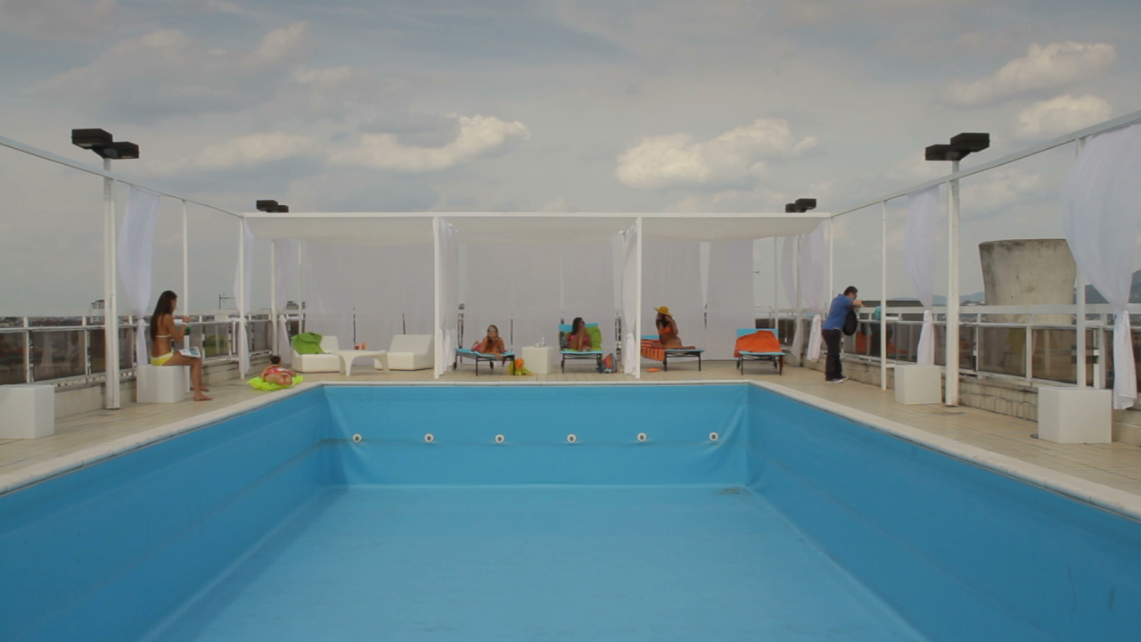 Swimmingpool_01